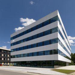 Biurowiec MIG wKrakowie – zakończenie prac budowlanych iwykończeniowych przedterminem