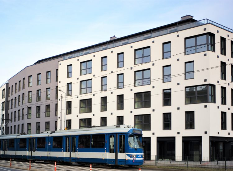 """""""Dom przy Źródle"""" in Krakow received final occupancy permit. First apartments' owners are moving in"""